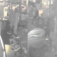 London Riots 2011 – Looters Stealing Health Food Shop