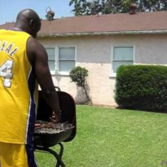 Shaq out jumps Kobe.(Funny comedy video) Shaquille O'Neal Announces Retirement,Retires ?